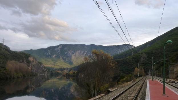Estación de tren de Covas