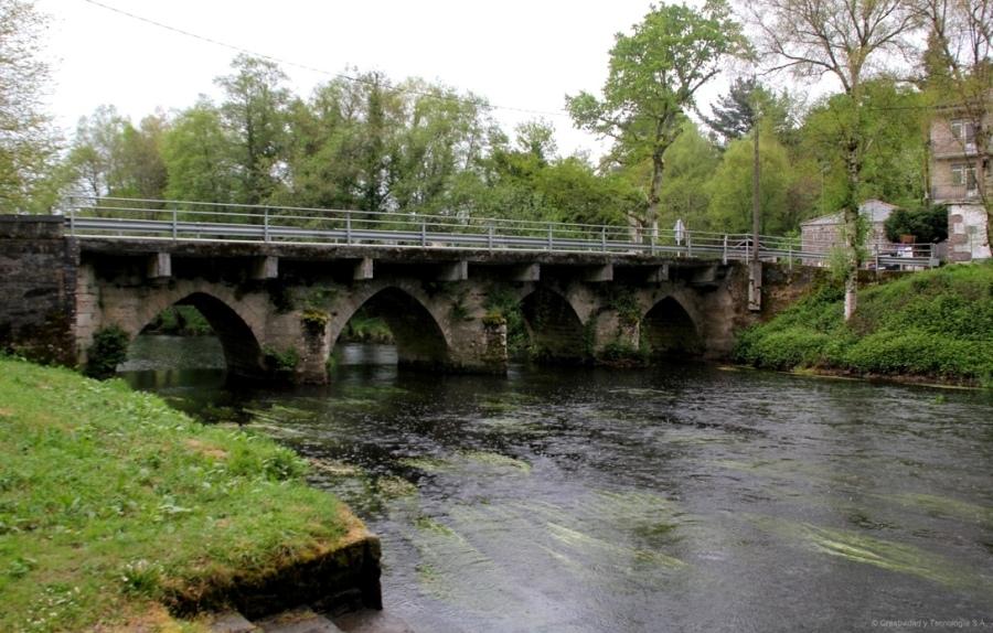 Puente sobre el río Parga (Parga)