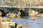 Pequeño puente sobre el río Parga (Parga)